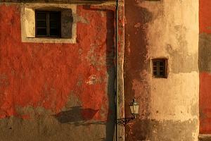 Ombre sui muri
