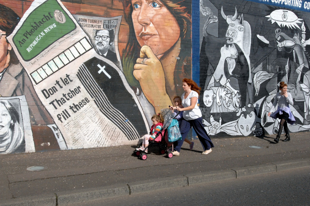 Falls Road - A murales during the Tatcher time - Falls Road, the name is synonymous with the catholic-republican community in Belfast